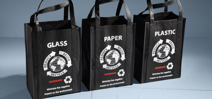 Nissan LEAF® Recycling Bags